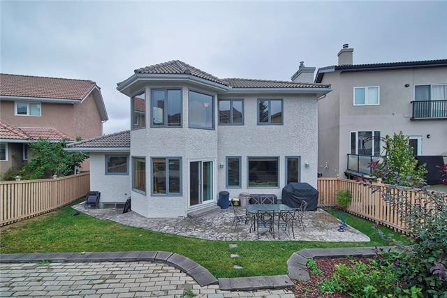 1976 SIROCCO DR SW, 6 bed, 4 bath, at $648,000
