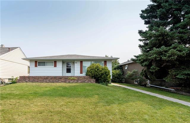 1712 26A ST SW, 3 bed, 2 bath, at $678,000