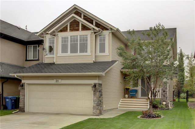 21 COUGARSTONE MR SW, 3 bed, 2.1 bath, at $614,000
