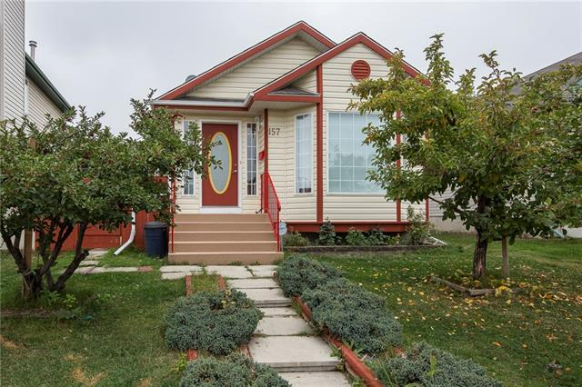 157 SOMERSIDE PA SW, 4 bed, 3.1 bath, at $378,000
