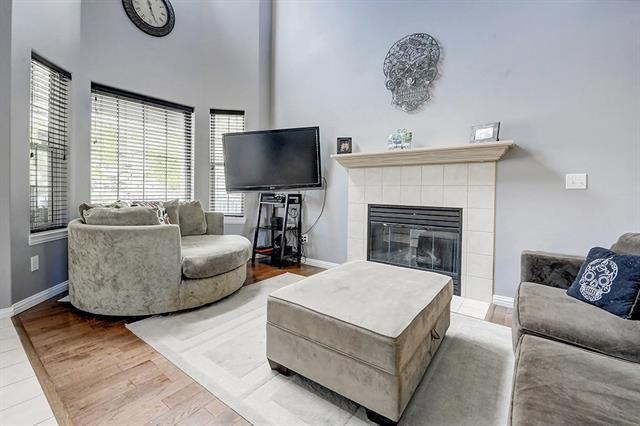 1706 PATTERSON VW SW, 2 bed, 2.1 bath, at $380,000