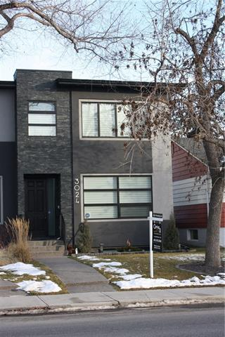 3024 29 ST SW, 4 bed, 3.1 bath, at $745,888