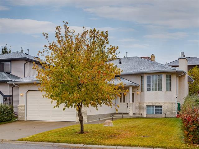 92 ARBOUR GLEN CL NW, 3 bed, 2.1 bath, at $438,888