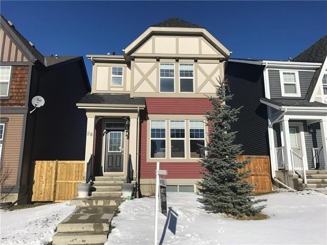 28 EVANSRIDGE CI NW, 3 bed, 2.1 bath, at $444,800