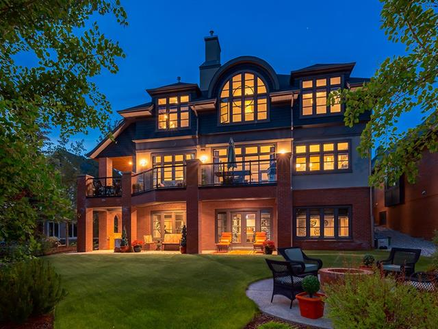 15 CROOKED POND GR , 5 bed, 3.1 bath, at $1,695,000