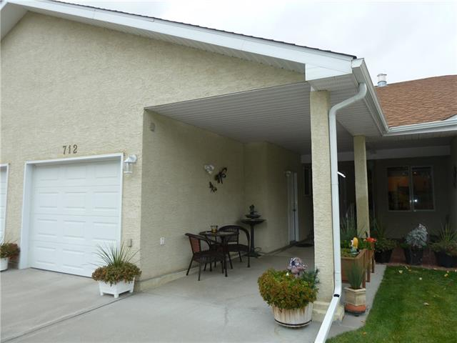 712 Centre ST , 2 bed, 2 bath, at $174,900