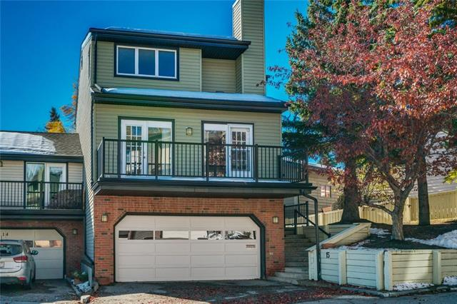 #15 448 STRATHCONA DR SW, 4 bed, 2.1 bath, at $382,000