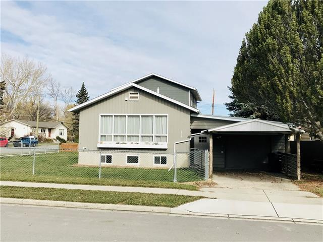 138 7 AV SW, 3 bed, 2 bath, at $269,000
