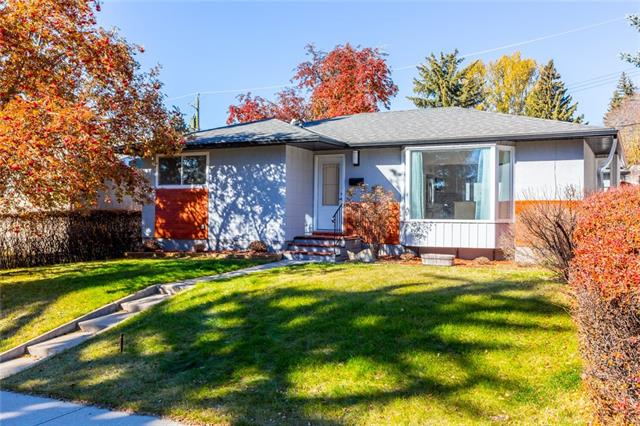 3428 62 AV SW, 4 bed, 2.1 bath, at $769,800
