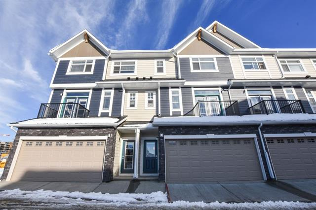 833 85 ST SW, 2 bed, 2.1 bath, at $464,900