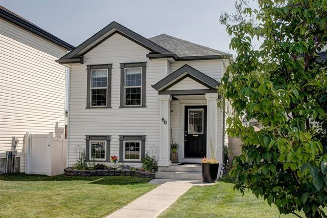 50 Copperfield HE SE, 3 bed, 2 bath, at $349,900