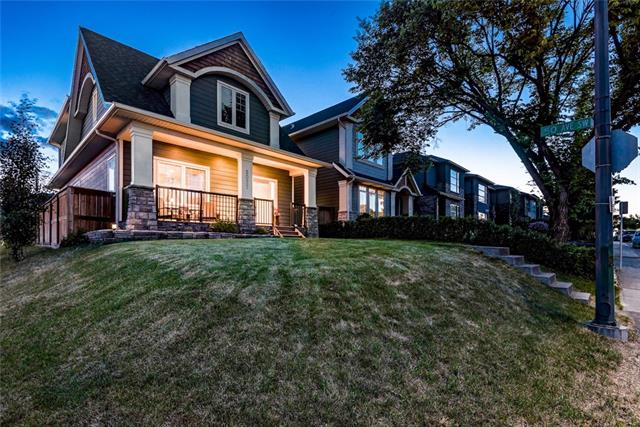 5027 21 ST SW, 4 bed, 3.1 bath, at $794,800