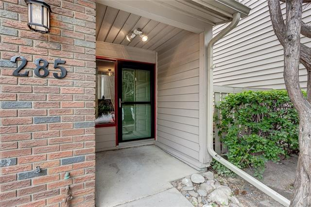 285 POINT MCKAY TC NW, 3 bed, 2.1 bath, at $569,000