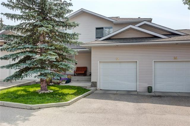 #12 604 GRIFFIN RD W, 3 bed, 2.1 bath, at $267,500