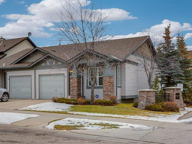 64 EVERSTONE BV SW, 2 bed, 2.1 bath, at $359,900