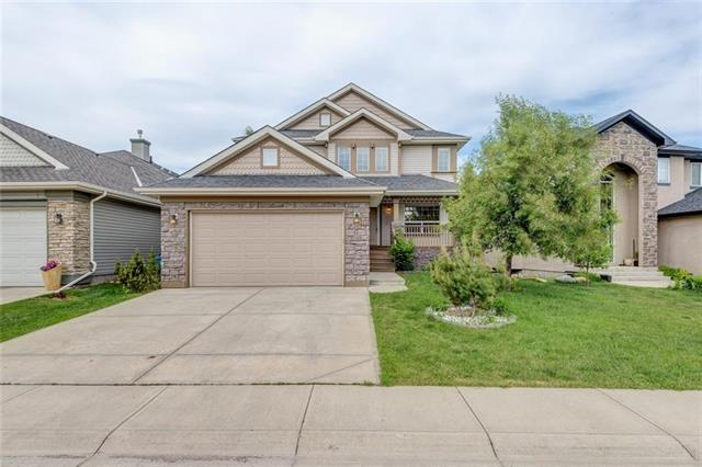 74 COUGARSTONE CR SW, 5 bed, 3.1 bath, at $734,900