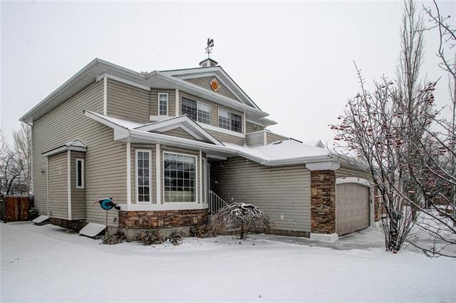 120 DOUGLASVIEW RD SE, 3 bed, 3.1 bath, at $595,000