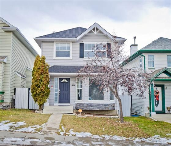 148 BRIDLEWOOD CR SW, 3 bed, 2.1 bath, at $369,900