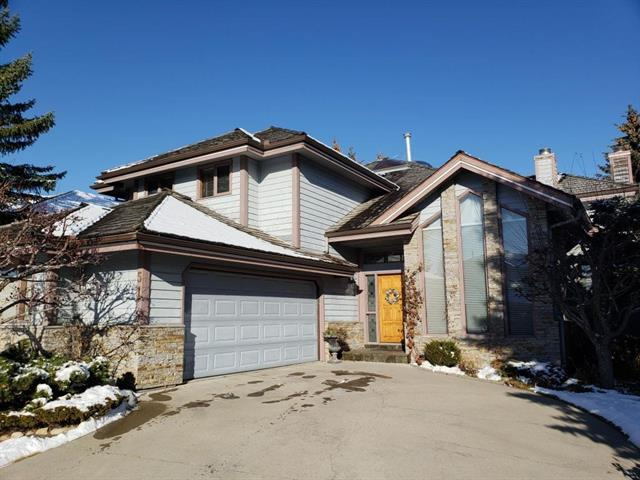 51 Hawkside CL NW, 5 bed, 2.1 bath, at $719,888