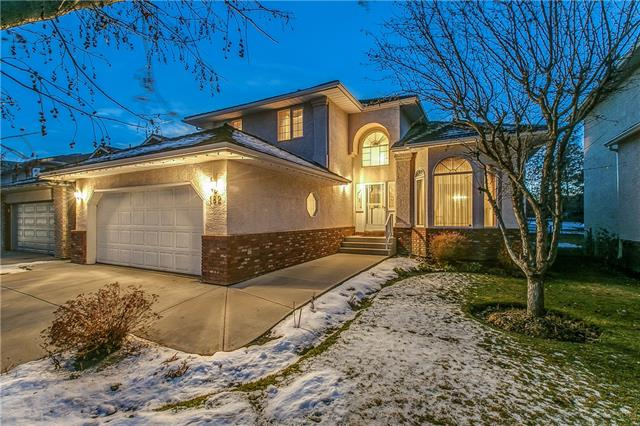 182 WOODPARK CI SW, 3 bed, 3 bath, at $569,900