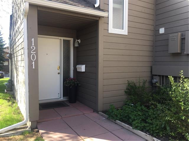 #1201 829 COACH BLUFF CR SW, 2 bed, 2 bath, at $239,900