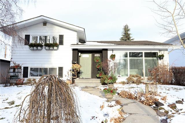 52 WALNUT DR SW, 3 bed, 2.1 bath, at $689,900