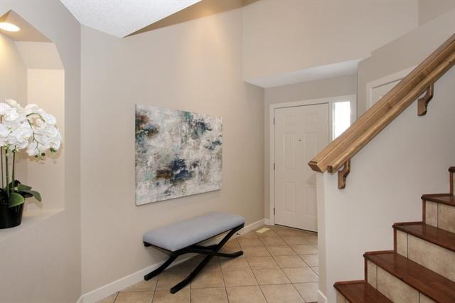 209 CRANFIELD MR SE, 3 bed, 2.1 bath, at $455,000