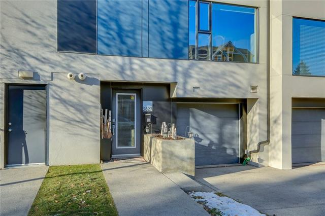 2827 16 ST SW, 2 bed, 1.1 bath, at $445,000