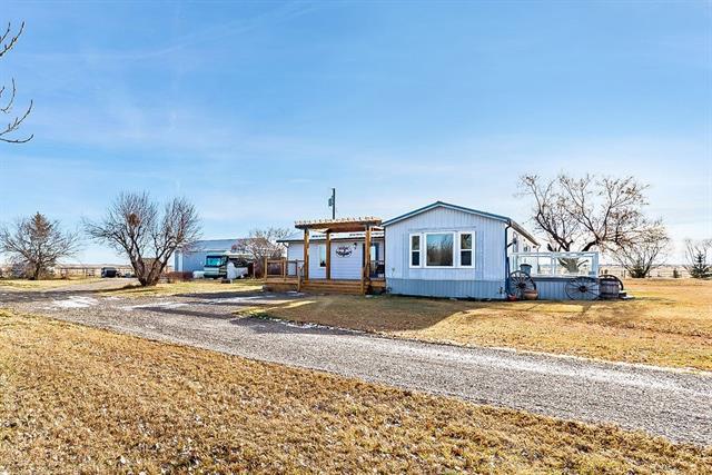 Township Rd 155  , 4 bed, 2 bath, at $417,900