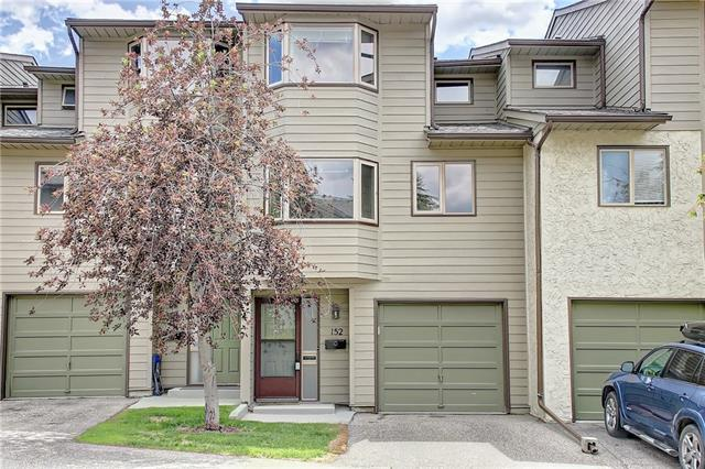 152 GLAMIS TC SW, 2 bed, 2.1 bath, at $299,900