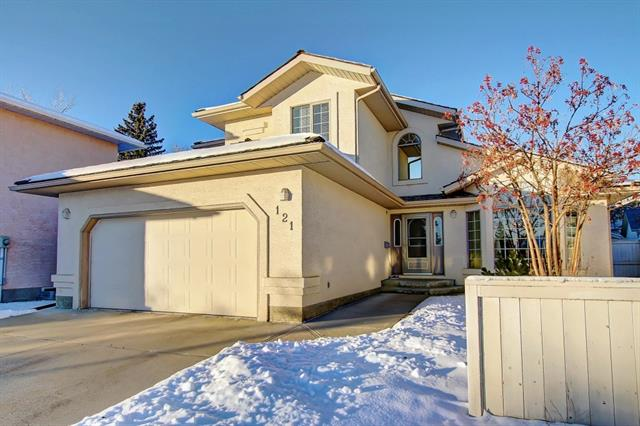 121 WOODPARK CO SW, 5 bed, 3.1 bath, at $539,000
