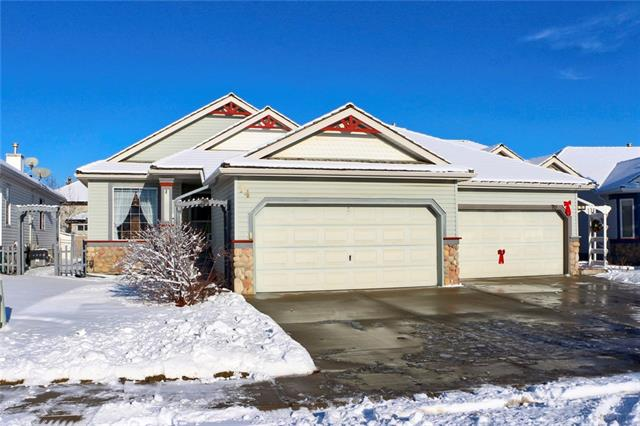74 CHAPARRAL CL SE, 2 bed, 2.1 bath, at $475,000