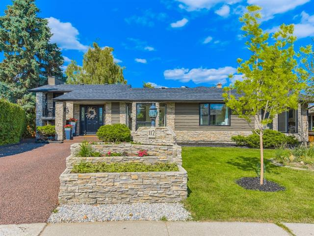 112 GLOUCESTER CR SW, 6 bed, 4.1 bath, at $1,025,000