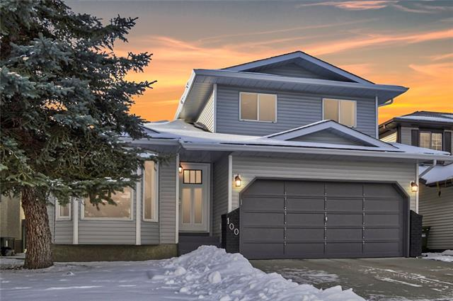 100 Sandringham CL NW, 4 bed, 3.1 bath, at $495,000
