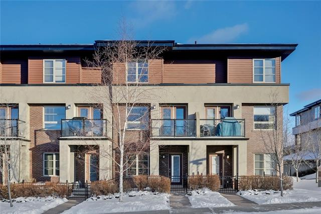 1576 93 ST SW, 2 bed, 2.1 bath, at $429,900