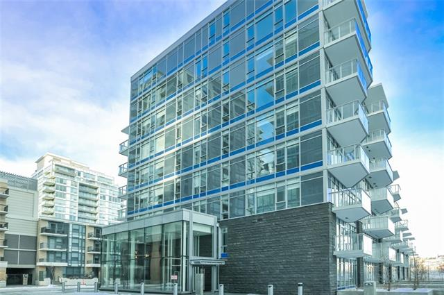 #211 138 Waterfront CO SW, 1 bed, 1 bath, at $409,000