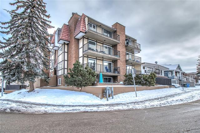 #6 2208 17A ST SW, 2 bed, 1 bath, at $299,900