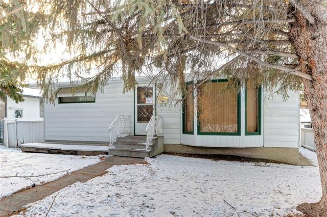 3319 41 ST SW, 3 bed, 1.1 bath, at $500,000