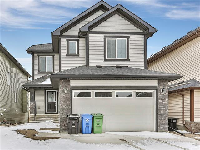 171 SHERVIEW GV NW, 4 bed, 2.1 bath, at $589,900