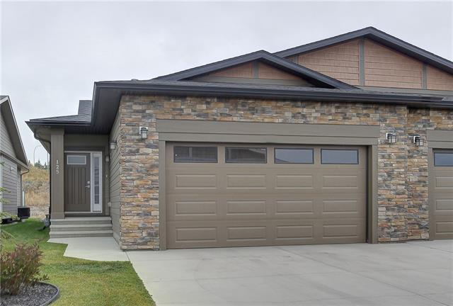 125 SIERRA MORENA MR SW, 3 bed, 2.1 bath, at $759,900