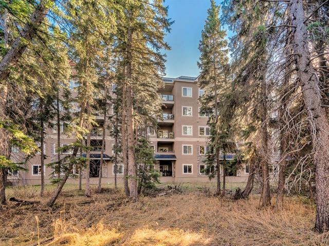 #206 10 DISCOVERY RIDGE CL SW, 2 bed, 2 bath, at $283,000