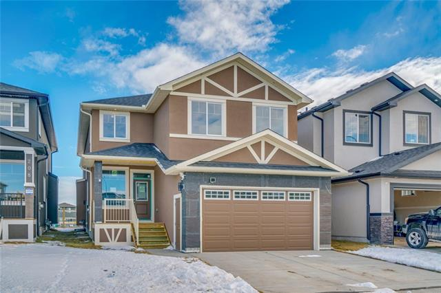 204 Bayview ST SW, 7 bed, 4 bath, at $639,000