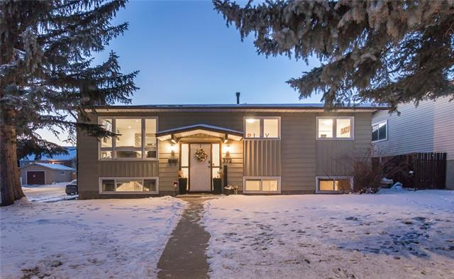372 TEMPLESIDE CI NE, 5 bed, 2.1 bath, at $429,000