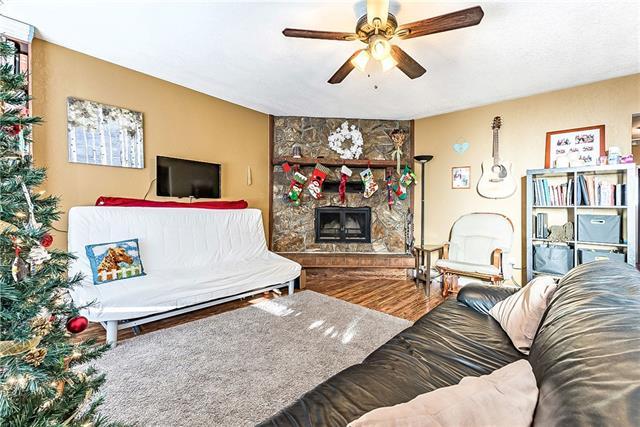 136 44 AV W, 4 bed, 2 bath, at $249,000