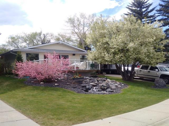 147 Cantree PL SW, 5 bed, 3 bath, at $599,900