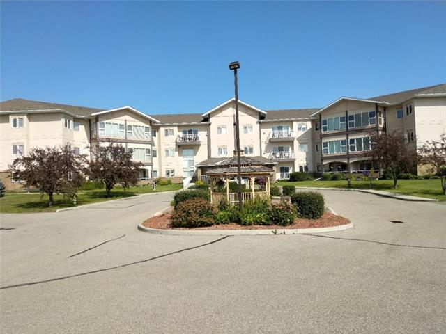 #303 43 WESTLAKE CI , 2 bed, 2 bath, at $259,900