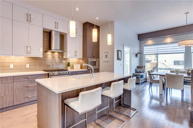 2809 25 ST SW, 4 bed, 3.1 bath, at $745,000