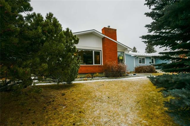 7071 SILVERVIEW DR NW, 5 bed, 2.1 bath, at $529,900