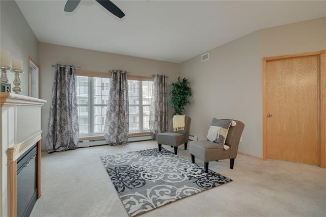 #2266 151 COUNTRY VILLAGE RD NE, 2 bed, 2 bath, at $299,900