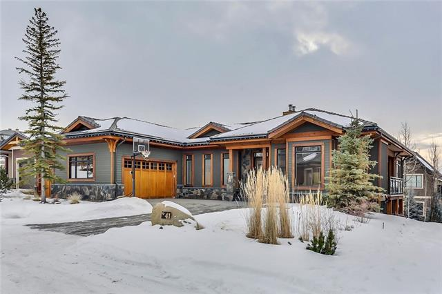 41 SPRING VALLEY LN SW, 4 bed, 3.1 bath, at $1,599,900